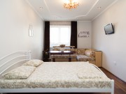 2 rooms daily Lvov from owner3 Osmomysla str.